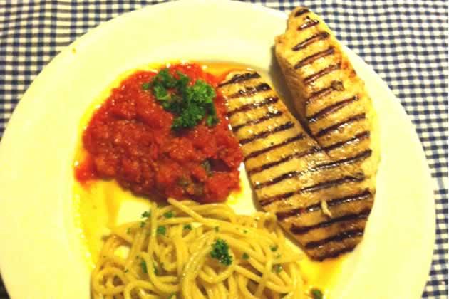 ansjovis spaghetti tilapia fattoria la vialla